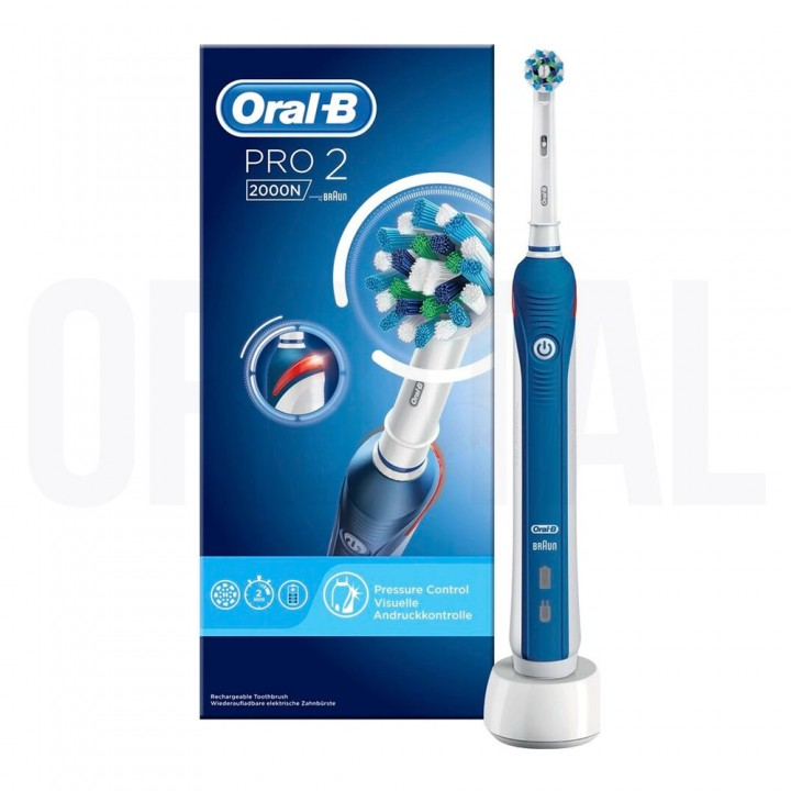 Электрическая зубная щетка Oral-B Pro 2 2000N D501.513.2